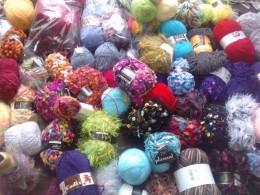 Variétés dans le fil à tricoter
