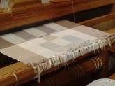 Tissage d'un tapis 100% coton